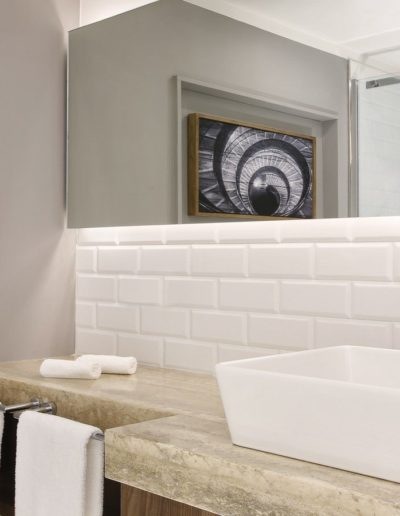 Deluxe-Room-Bathroom-Le-Meridien-Rome