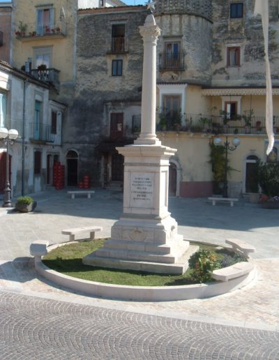 monumento-pietra