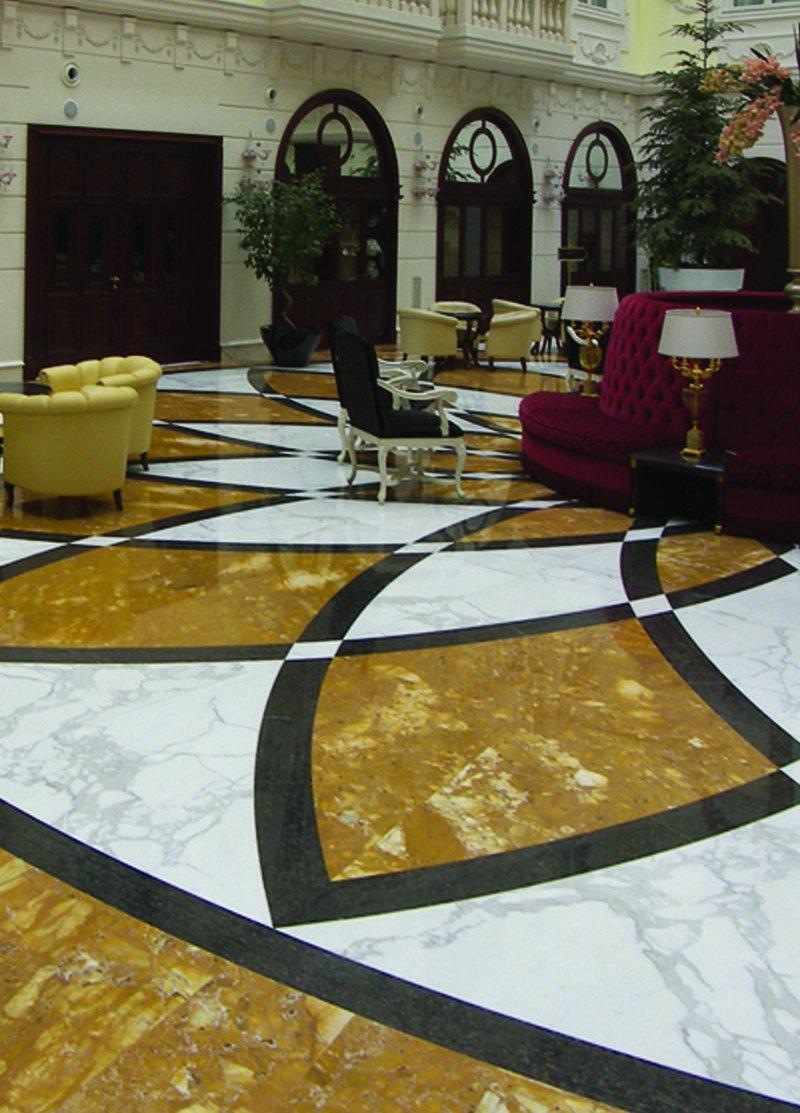 pavimentazione-giallo-siena-marmo-carrara